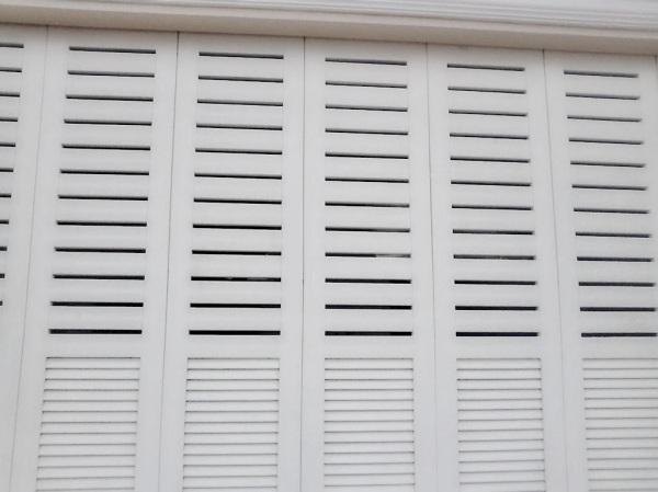 pintu garasi besi minimalis